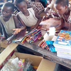 Sept crayons pour l'Afrique