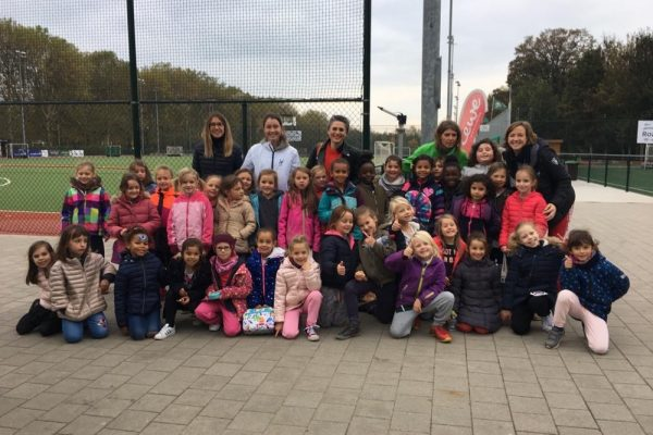 Ecole Sainte-Anne – initiation hockey -003